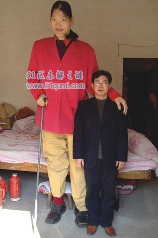 世界十大女巨人 中国女巨人姚德芬比姚明还要高!